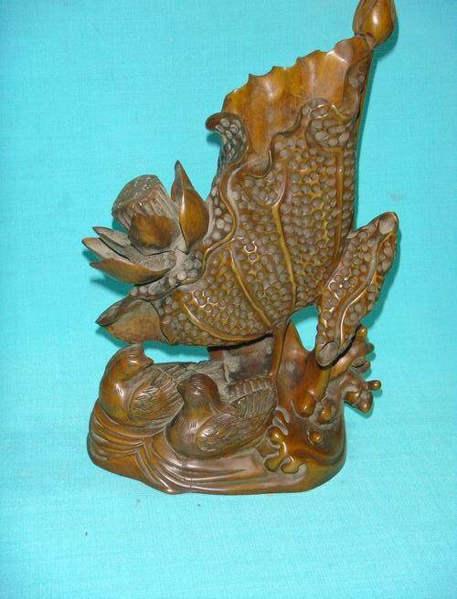 竹石居;黄杨木雕刻荷花鸳鸯笔筒摆件