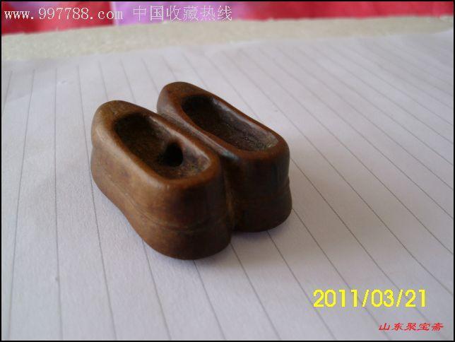 清末民国雕刻木艺黄杨木小鞋木鞋子一双包老保真山东聚宝斋