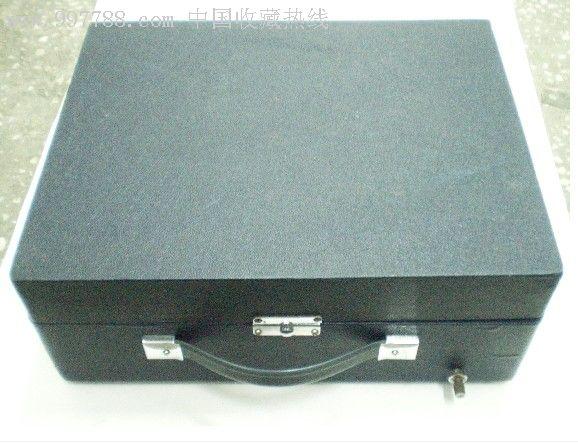 鸳鸯牌206型带喇叭电唱机