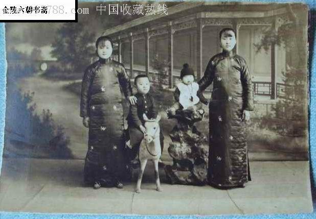 民国小脚女人照片和穿旗袍的照片4张