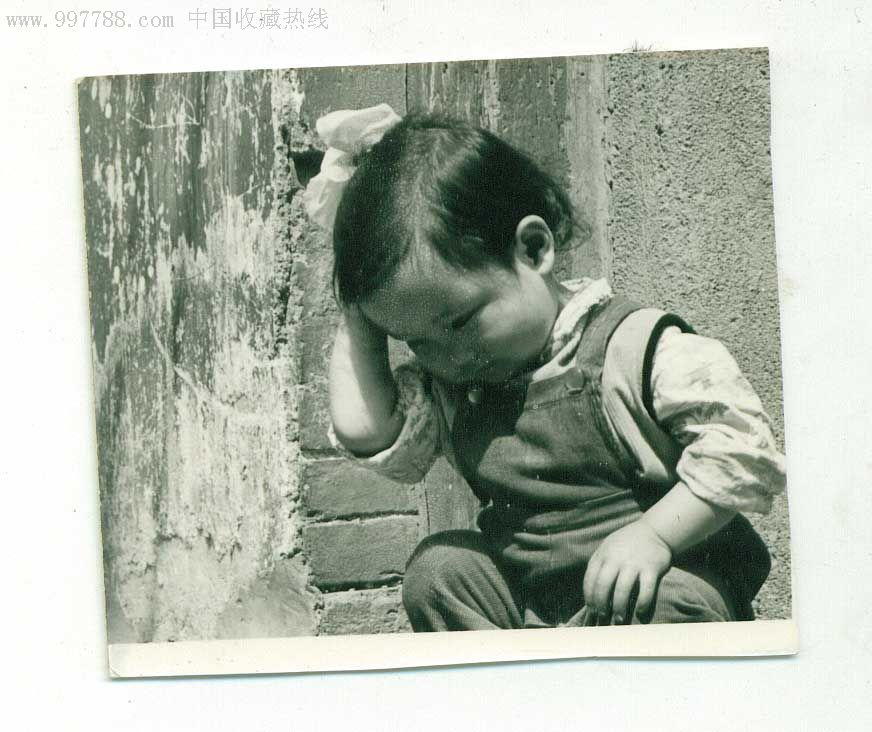 """八十年代照片""""思考者"""""""