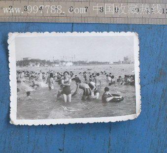 穿泳衣的女人_老照片_青岛连环和文革书局【中国收藏