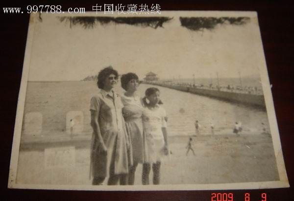 青岛栈桥.美女