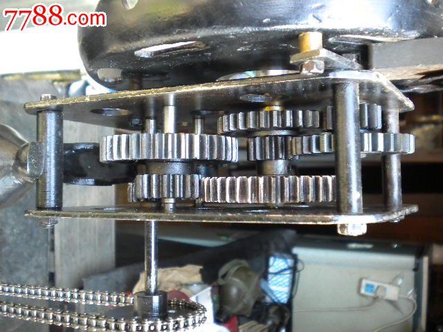 极少见,钟表厂手工制作的纯铁落地钟,手摇钟原理模型96*40*30厘米