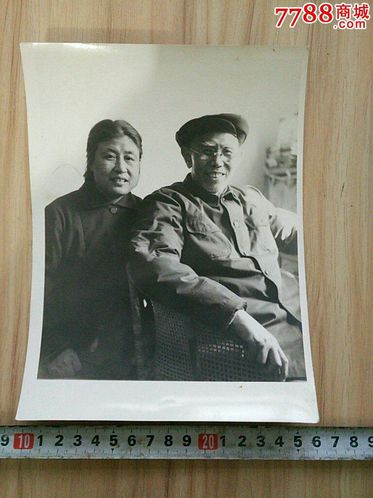 肥熟老夫妻交公粮_老照片(老夫妻合影)