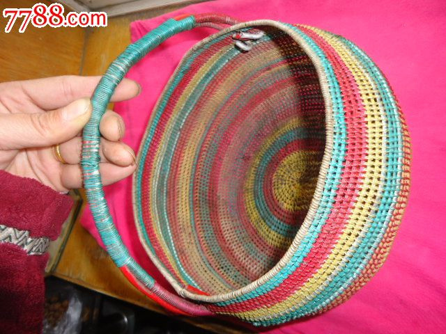 纯手工编织,带皮铁丝小筐
